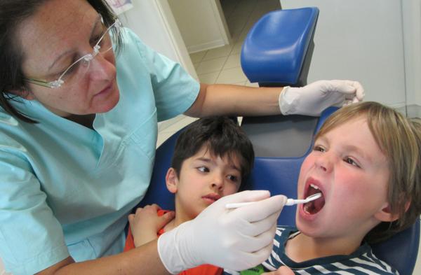 Zahnarztbesuch7252